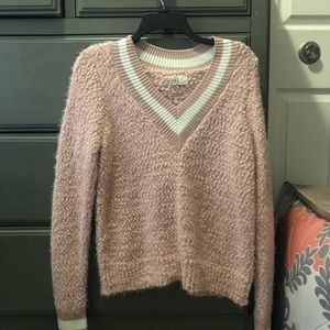 NEVER WORN soft sweater